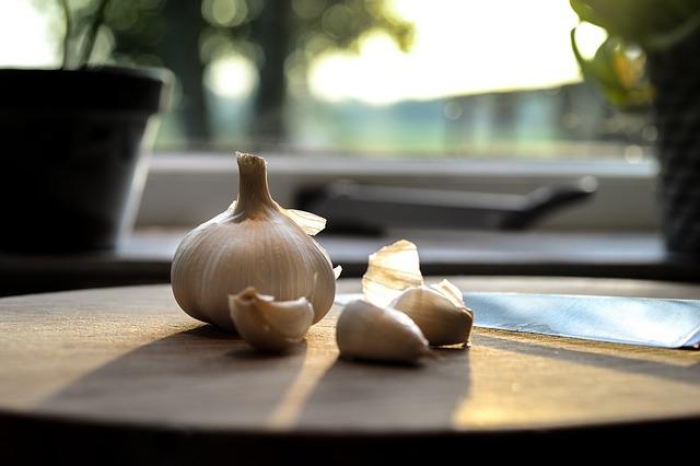 Un diente de ajo antes de la comida estimulará el apetito
