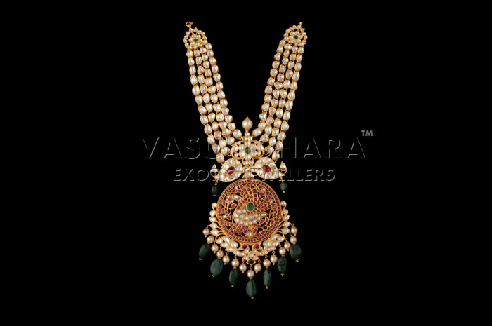 Indian Jewellery And Clothing Exclusive Eye Catching