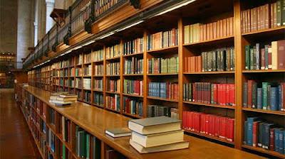 Trung cấp Thư viện Thiết bị trường học chính quy