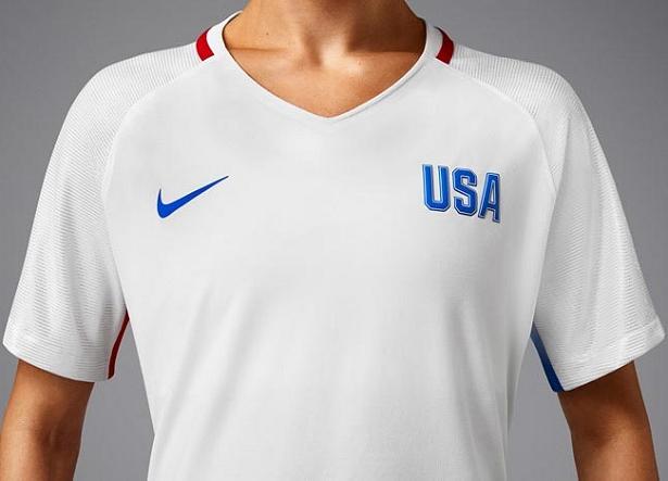 1d6b1c9abda2c Nike lança a camisa titular do futebol feminino dos Estados Unidos para Rio  2016