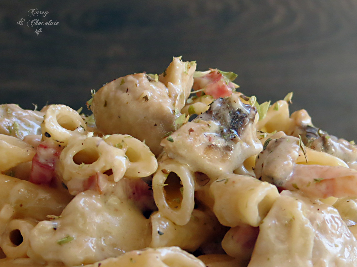 Macarrones con champiñones y panceta  – Bacon and mushroom pasta