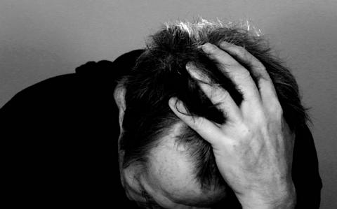 Imagem de um homem frustrado