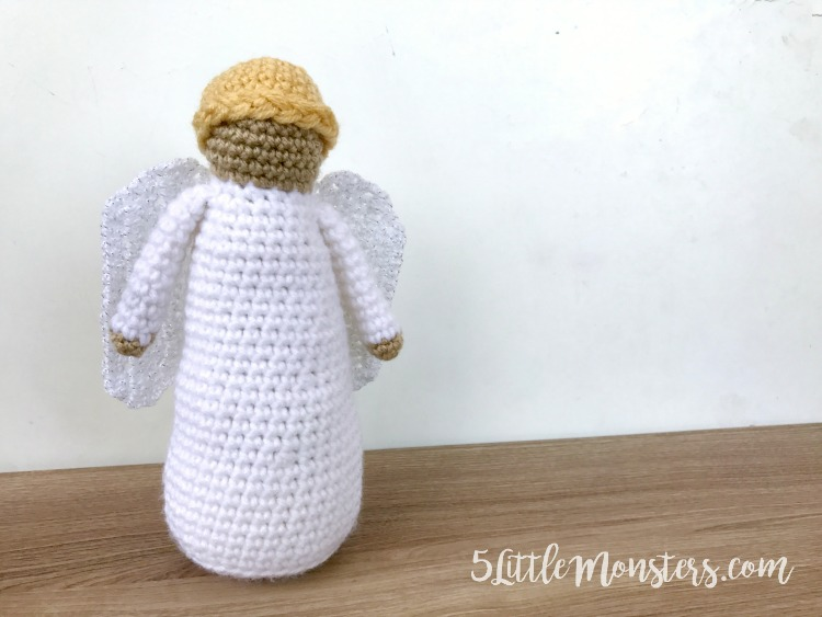 5 Little Monsters Angel Crochet Nativity Add On