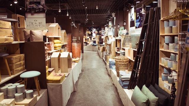 Interior de la tienda de decoración Søstrene Grene