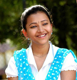 Shweta Basu Prasad, Biography, Profile, Biodata, Family, Husband, Son, Daughter, Father, Mother, Children, Marriage Photos.