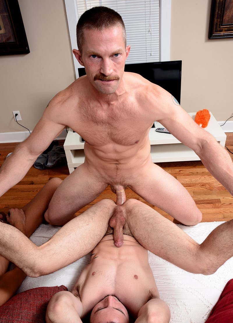Early Teen Sex Gay Porn Bryan Makes Kyler Writhe As He Gargles His