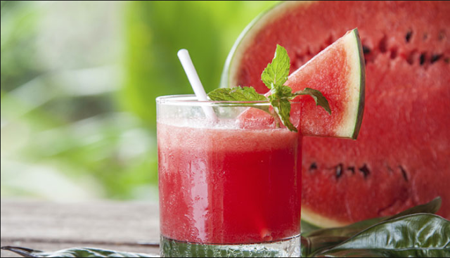 is a honeysuckle native to the temperate half desert in southern Africa Watermelon Smoothie - Healthy body and Delicate Face With Black Flecks Free Watermelon