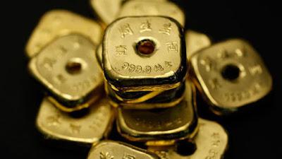 Taeles —unidad de peso utilizada tradicionalmente en China— de oro.