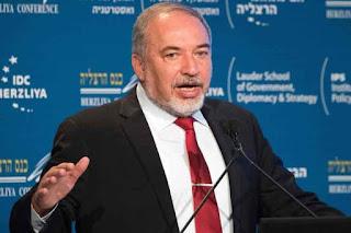Ministro israelí rechaza retorno de palestinos desplazados