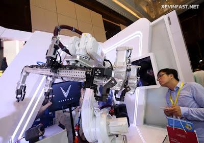 robot-san-xuat-tu-dong-nha-may-vinfast