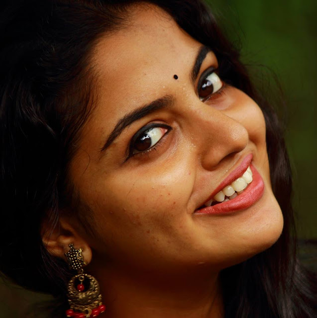 Nikhila Vimal age, date of birth, photos, hd images, hot, images, hd photos, movies, wiki, biography