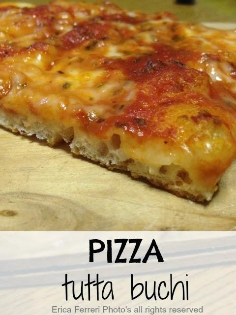 Ricetta Pizza Con Lievito Di Birra.Ogni Riccio Un Pasticcio Blog Di Cucina Pizza Tutta Buchi Con Lievito Di Birra Alta Idratazione