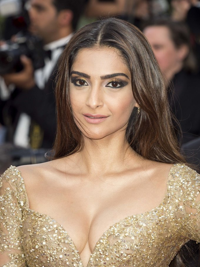 Sonam Kapoor Photo Shoot At Cannes Film Festival Red Carpet