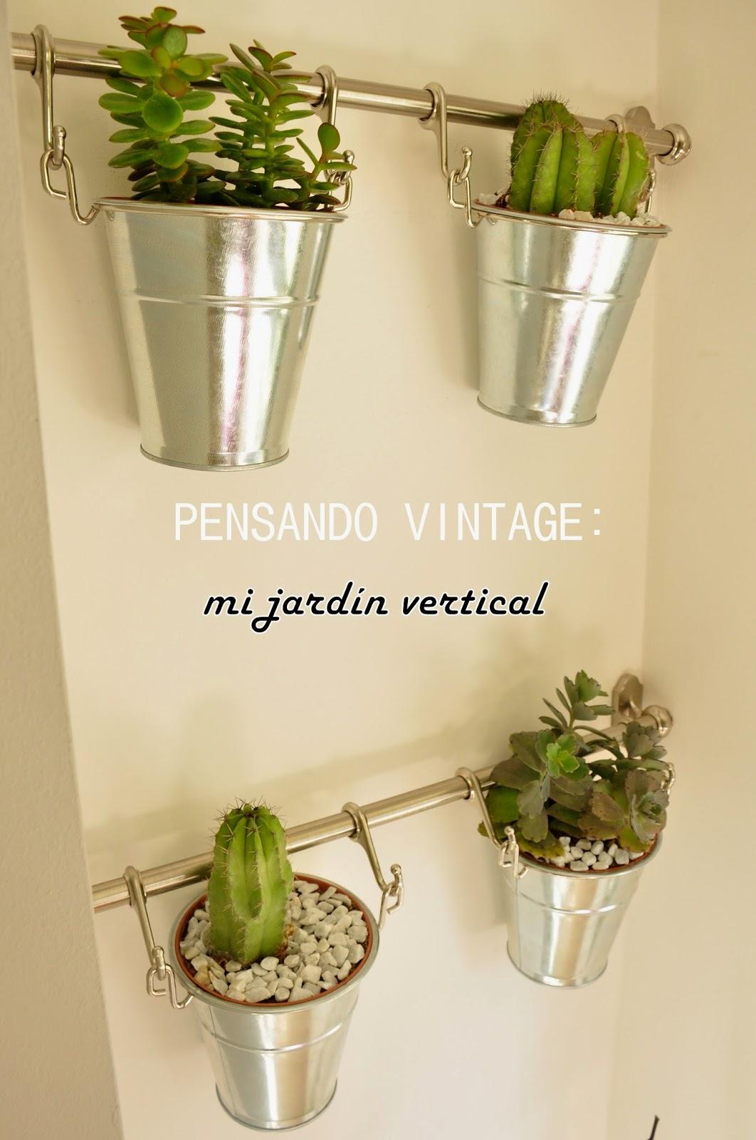Pensando vintage c mo hacer un jard n vertical en el - Como hacer un jardin vertical de interior ...