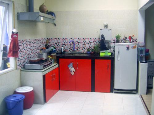 Dipercaya Sebagian Orang Daun Kering Yang Ada Di Muka Halaman Rumah Dapat Mengakibatkan Krisis Finansial 9 Dapur