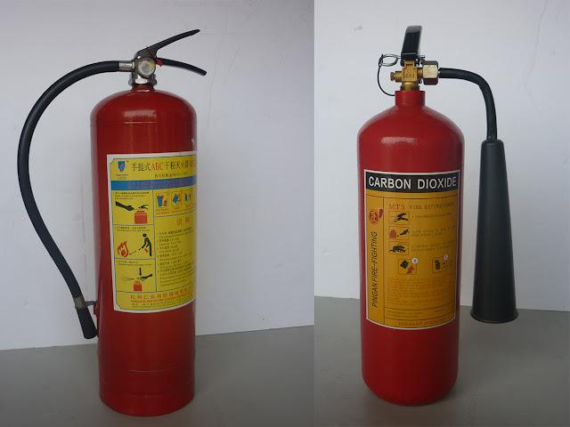 Bình chữa cháy bột ABC và bình chữa cháy khí CO2