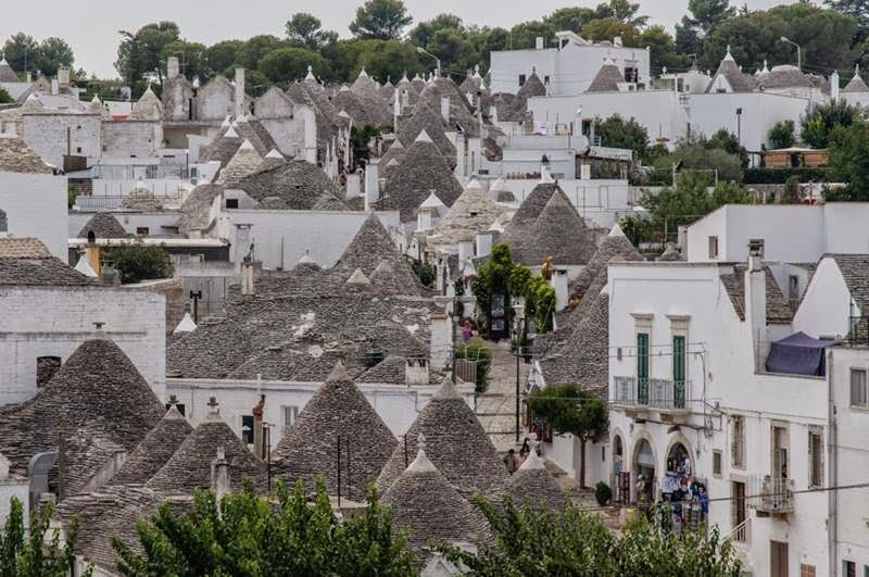Trulli The Traditional Dwellings In Alberobello Italy