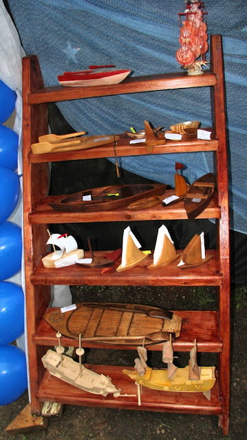 деревянные мини-лодочки