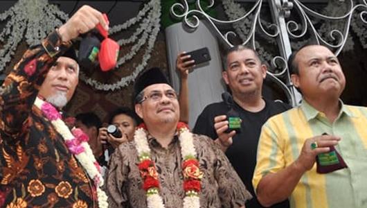Peserta Tradisi Serak Gulo Meningkat, Mahyeldi: Proses Akulturasi di Padang Sangat Kuat