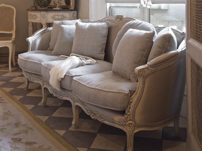 gracefully vintage upholstery with linen. Black Bedroom Furniture Sets. Home Design Ideas