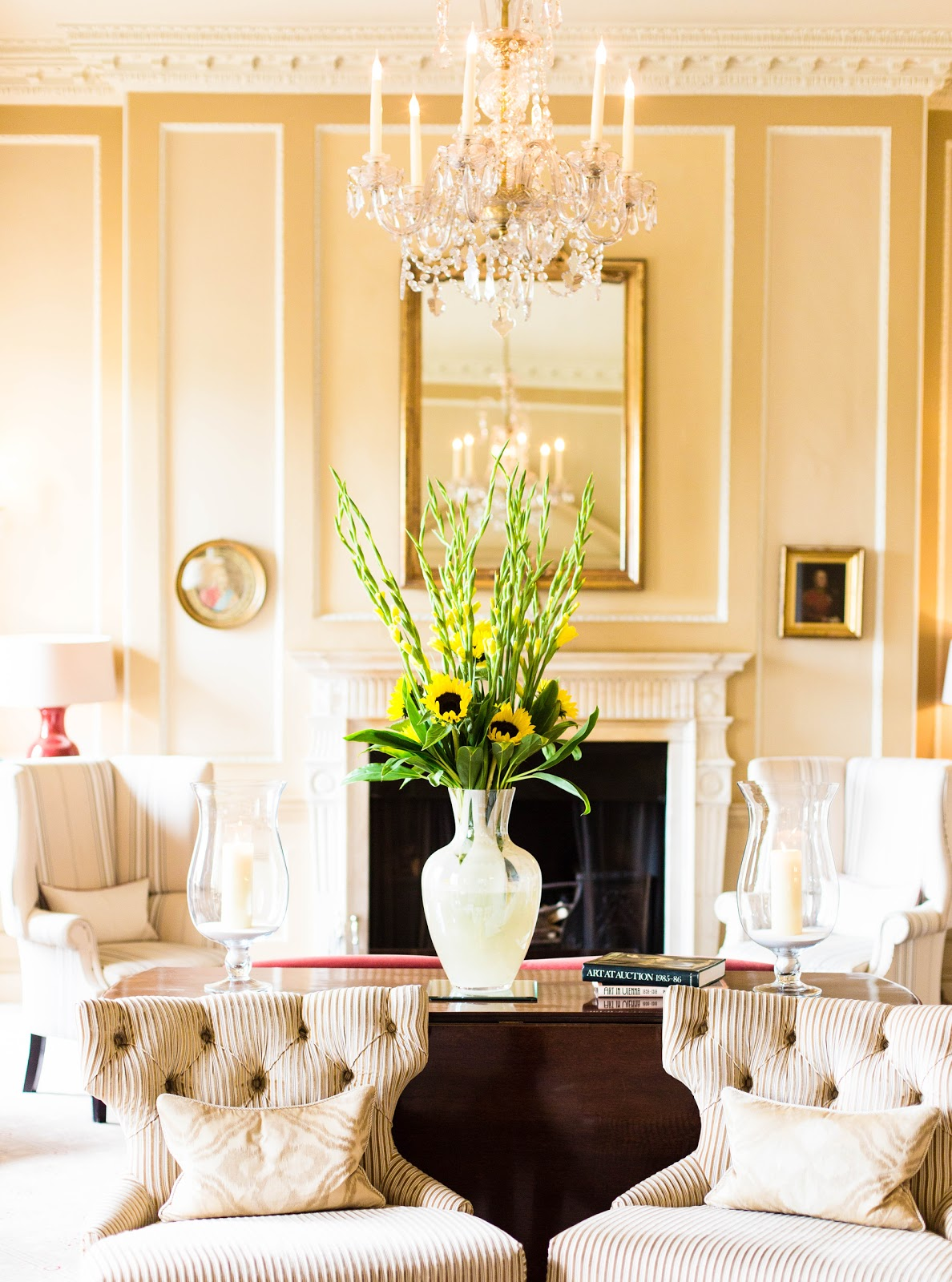 THE ROYAL CRESCENT - DECOR INSPIRATION | FINNTERIOR DESIGNER