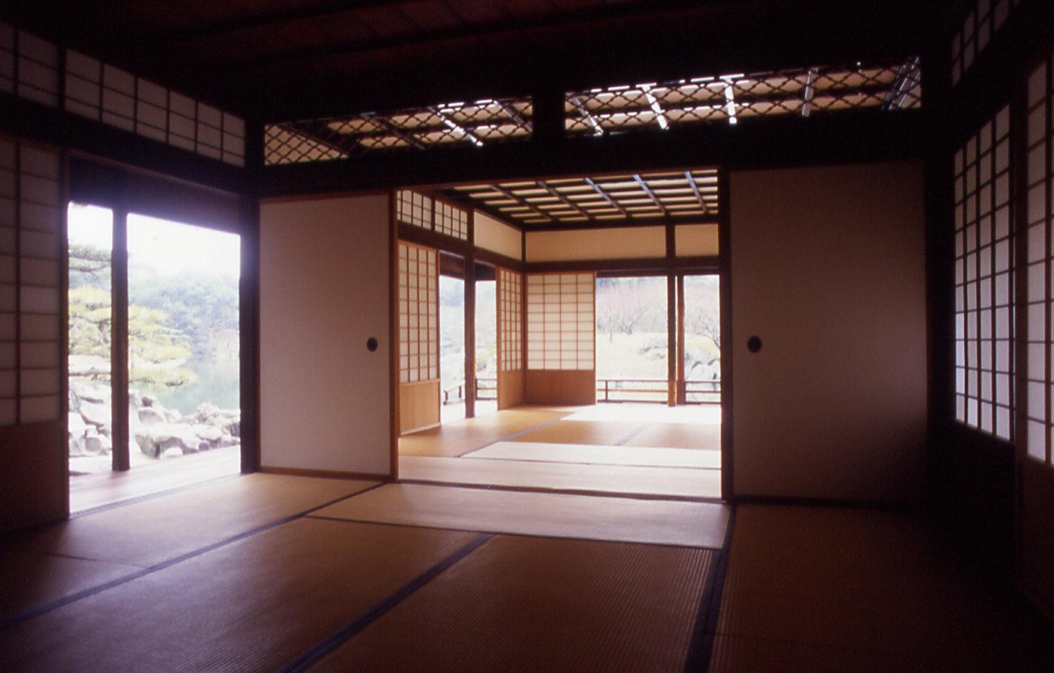 Jap n cultura y arte constantes en la arquitectura for Puertas japonesas deslizantes