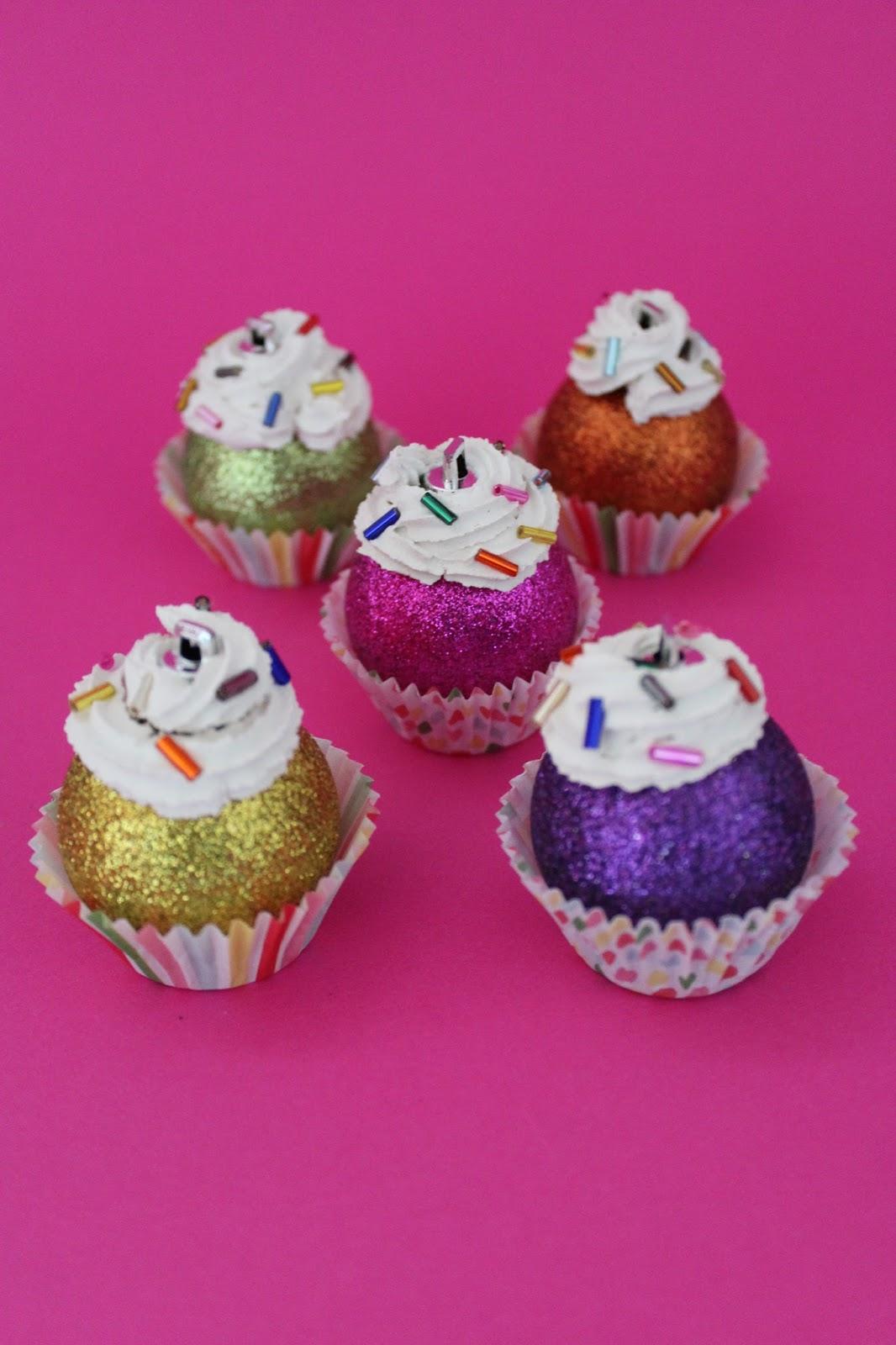 DIY: Noch mehr Cupcakes-Weihnachtsschmuck | ars vera(e) - DIY-Blog ...