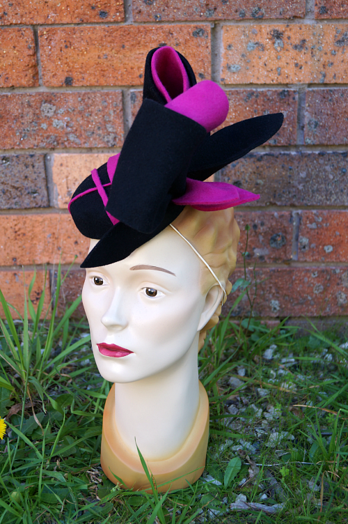 Felt pillbox fascinator for autumn winter races