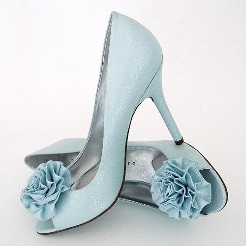 A Wedding Addict: Glamorous Tiffany Blue Wedding Shoes