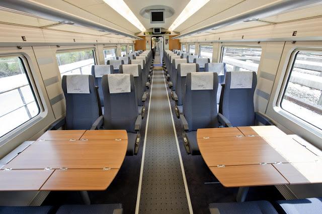 Interior trem de alta velocidade em Madri
