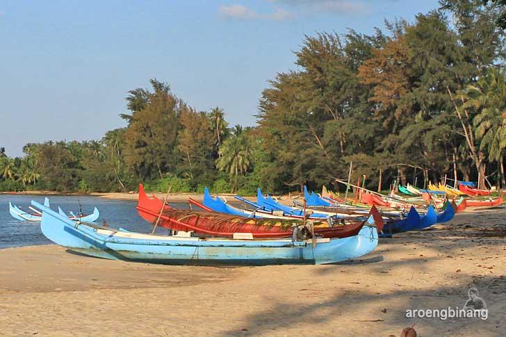 pantai burung mandi belitung timur