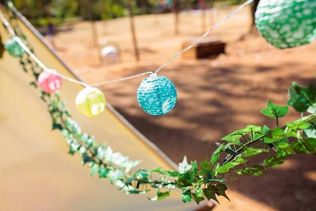 Aniversário Tema Dinossauro - Meninas - DIY - Toca dos Sonhos - toca - cabaninha - lanternas japonesas