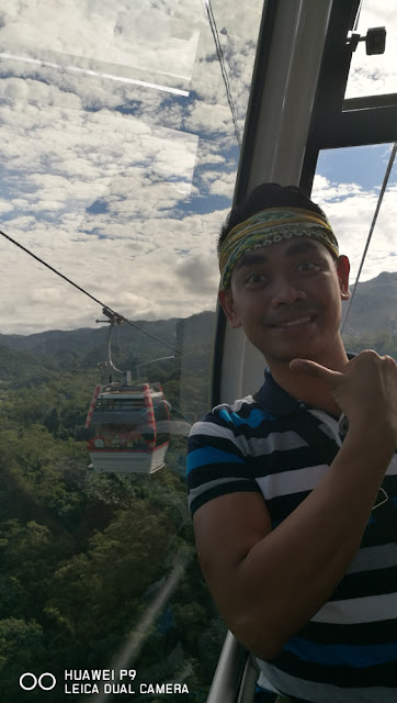 Mark Monta from his cable car