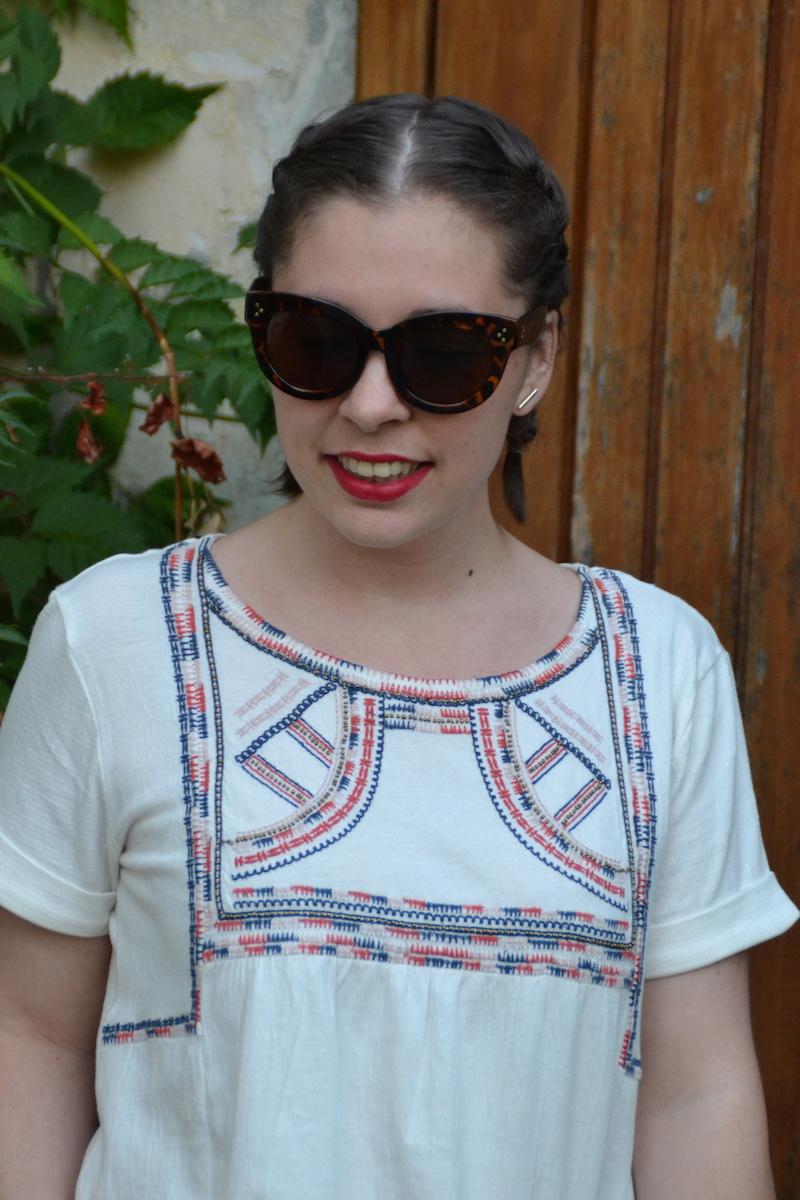 blouse promod,lunette de soleil Aliexpress, coiffure tresses plaquées