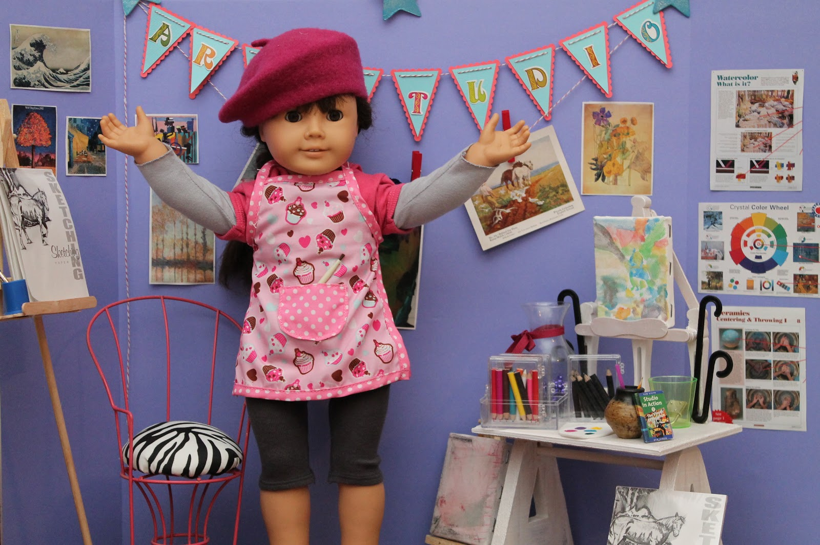 american girl doll play making an art studio for your dolls. Black Bedroom Furniture Sets. Home Design Ideas