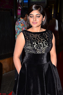 Niveda Thomas Black Sleeveless Cute Dress at 64th Jio Filmfare Awards South 2017 ~  Exclusive 029.JPG