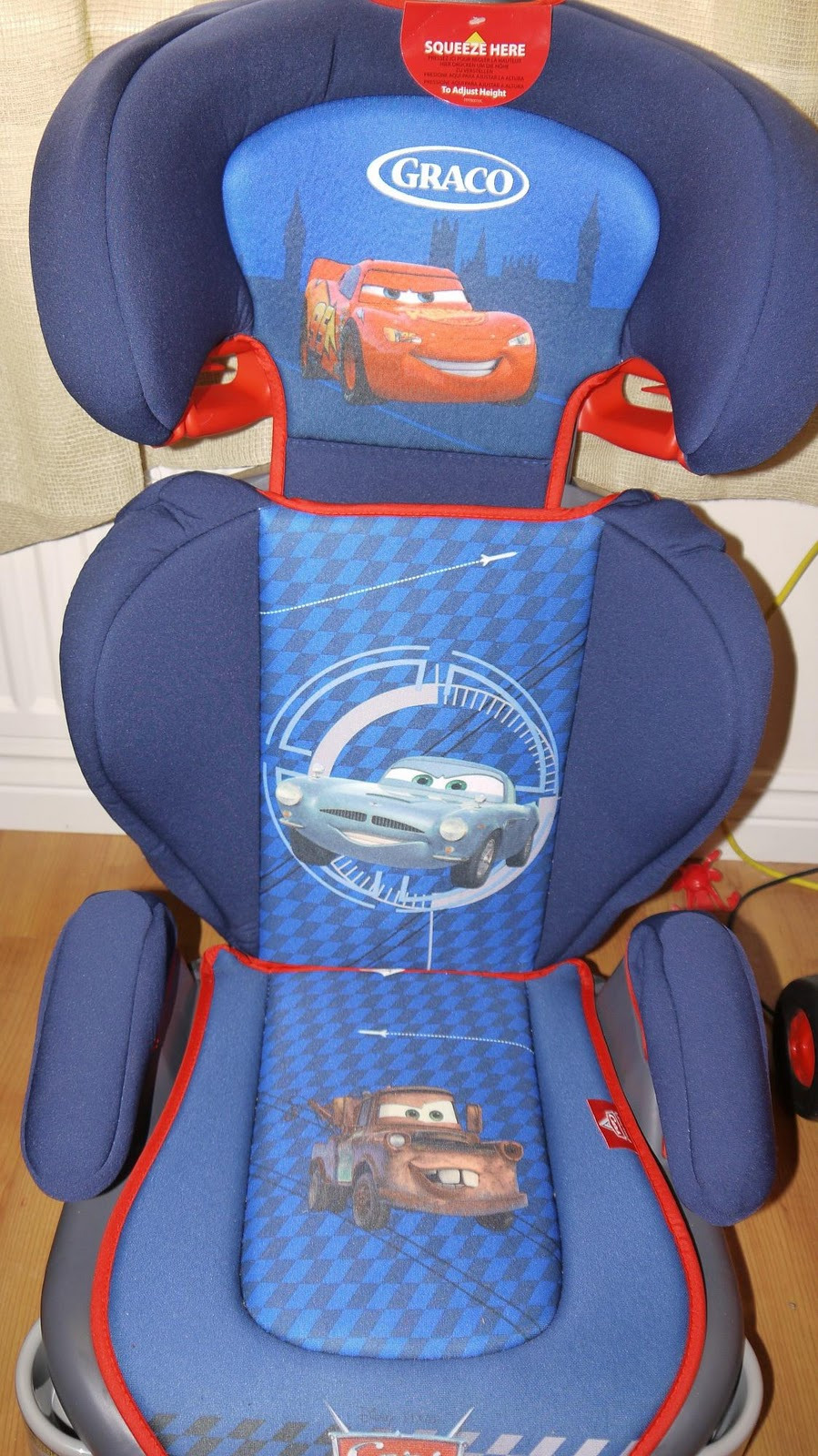 A Car Seat Fit For Lightning McQueen