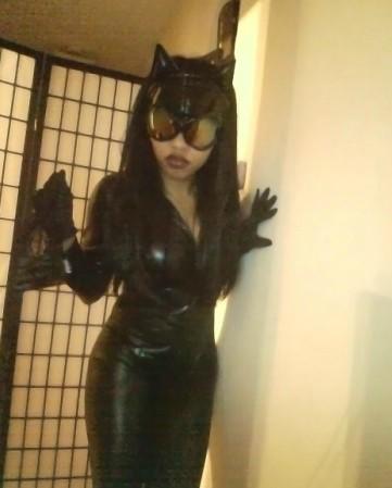 Jasmine MinYe Catwoman cosplay DC Comics