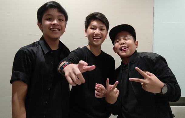 Lirik Lagu Soundboy Junior - Jatuh Cinta