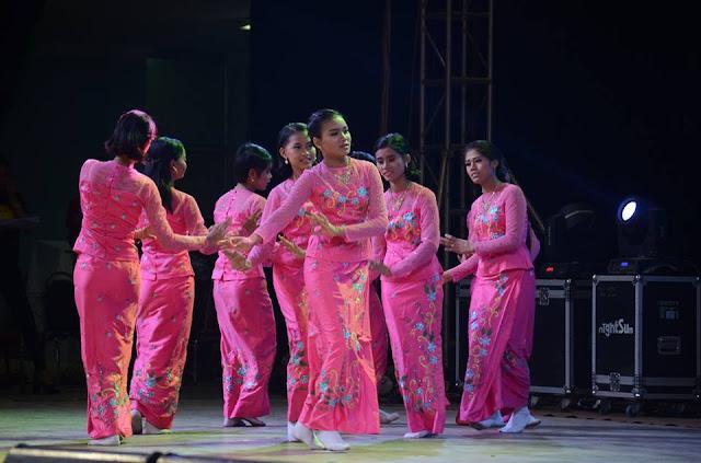 နန္းခမ္းေဟမာန္ (Myanmar Now) ● ၿငိမ္းခ်မ္းေရးညီလာခံမွာ ေဆြးေႏြးခြင့္ရေရး မသန္စြမ္းအဖဲြ႔ ေမွ်ာ္လင့္