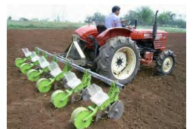Beberapa Macam dan Jenis Alat / Mesin Penanaman dalam Pertanian
