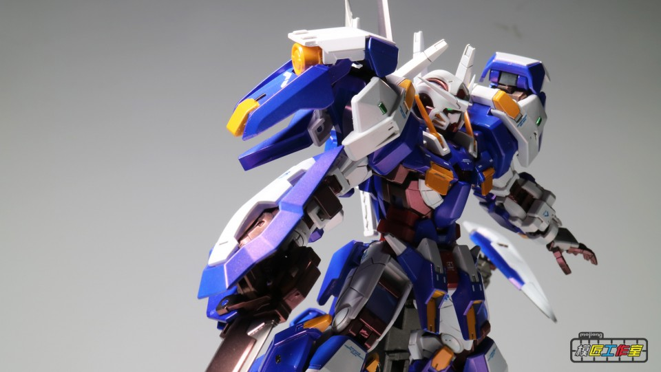 Custom Build: RG x HG 1/144 Gundam Avalanche Exia Dash