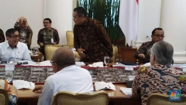 Jokowi Gelar Rapat Khusus Karena Cadev Sudah Anjlok Rp 150 T
