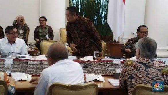 Jokowi Gelar Rapat Khusus karena Cadangan Devisa Sudah Anjlok Rp150 T