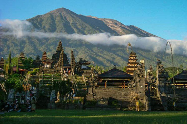 Bali Temple Besakih Tour - Bali Tour in a Whole Day - Places to see in Bali