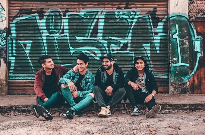 La banda de Pop-Punk Melódico llamada SULLIVAN, nos presentan su primer disco. Conocelos aqui.