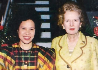 Iron Ladies: Santiago with former British Prime Minister Margaret Thatcher.
