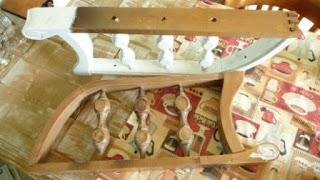 podłokietniki drewniane, fotel