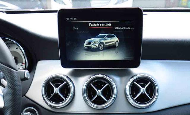 Mercedes GLA 250 4MATIC 2019 sử dụng Hệ thống giải trí tiên tiến và hàng đầu của Mercedes hiện nay