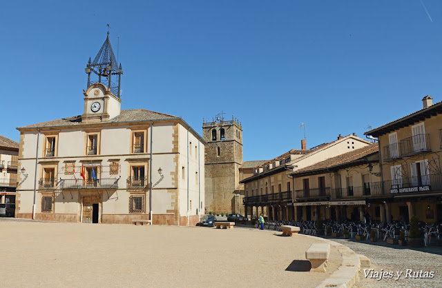 Plaza Mayor de Riaza, Segovia